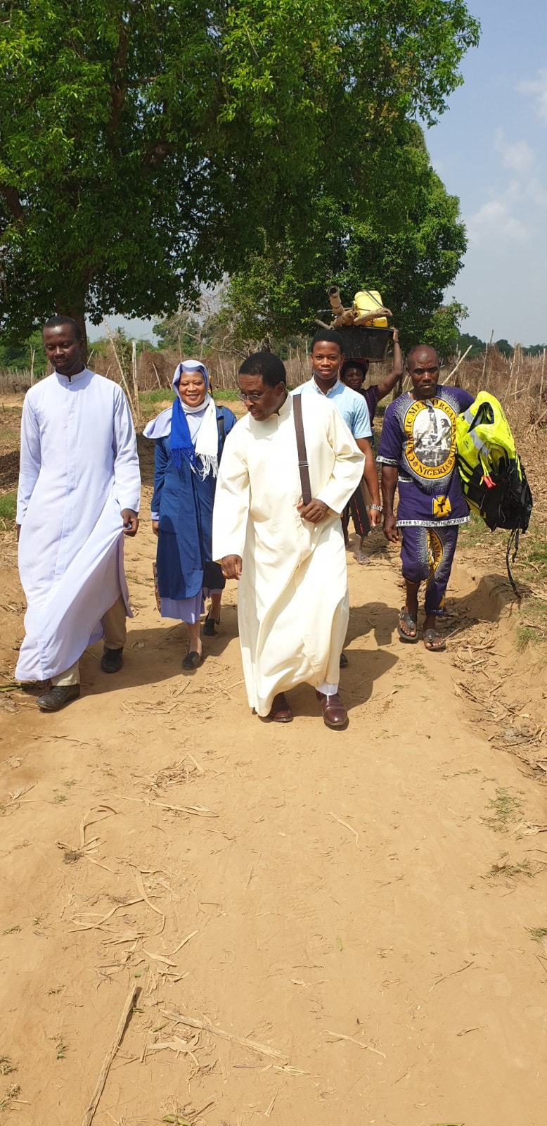 On foot trekking into Igbedor. We must take the Gospel to ends of the world!